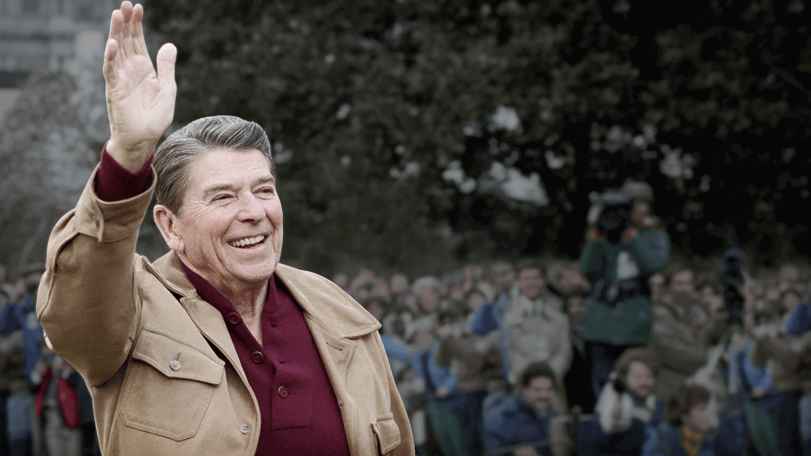 Ronald Reagan waving at crowd